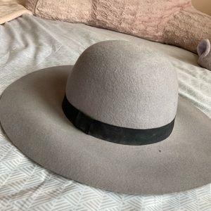 Cotton On Accessories - Cotton On Gray floppy hat!